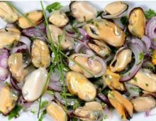 Black sea blue mussel salad